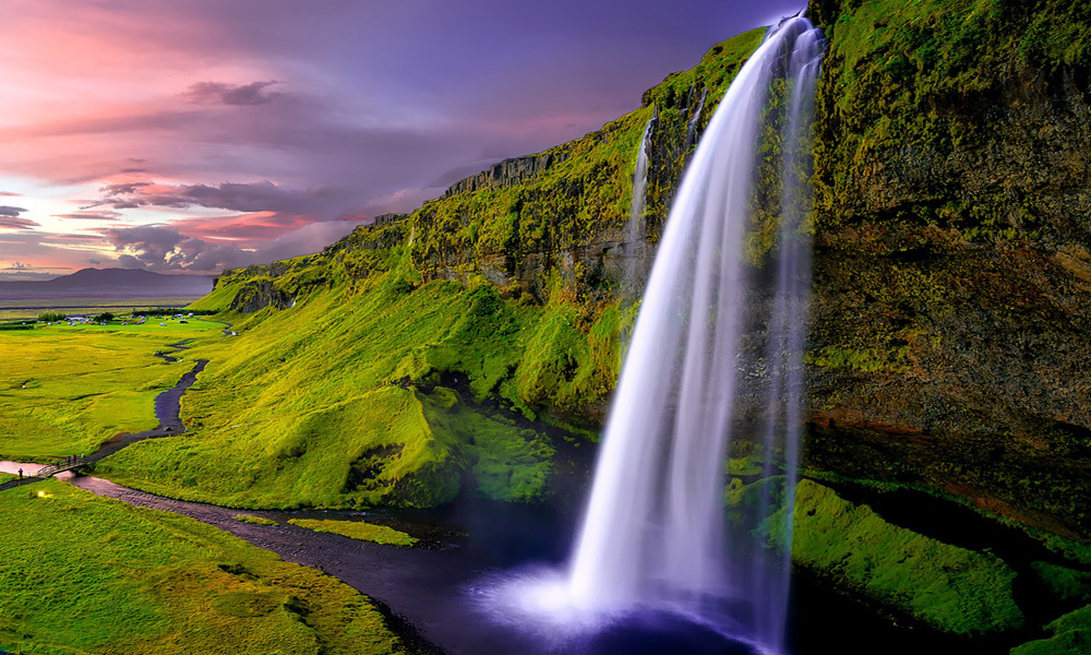 A tour of the Icelandic Southcoast, what you get are 2 majestic waterfalls, the world famous Dyrhólaey, the Black sand beach at Reynisfjara plus the village of Vik.